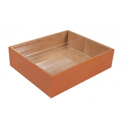 Box for creams and lotions with an interior tray and methacrylate divider