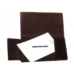 Minimalist DIN-A4 folder with flap and elastic closure