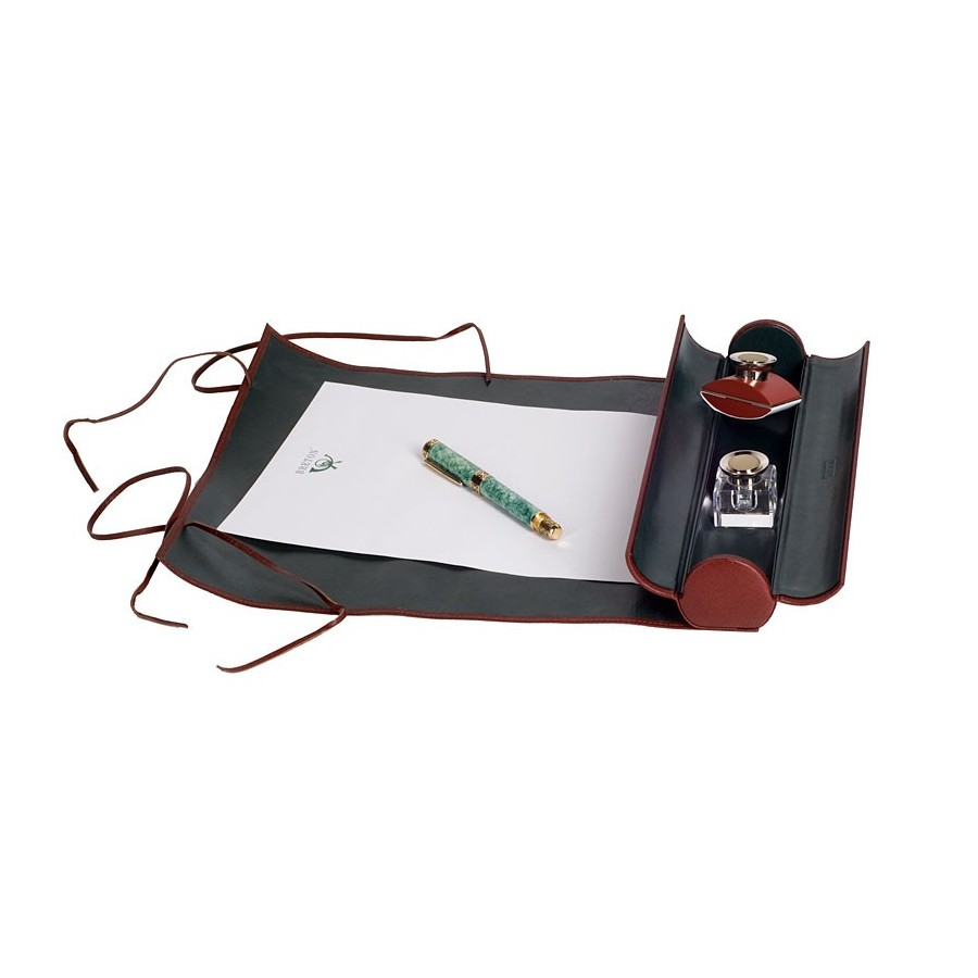 Foldable travel writing set (opening 39 x 32 cms)