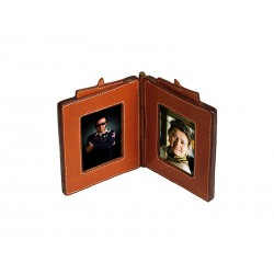 Picture frame (picture: 8 x 13)