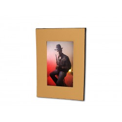Minimalist foldable photo frame (picture: 15 x 20)