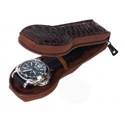 Travel Case for a flat-lying watch